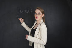 Mooi meisje in elegante kleren voor zaken of het concept van de studentencollage Royalty-vrije Stock Foto