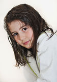 Mooi meisje met badjas in hotel Stock Fotografie