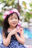 Mooi Meisje met Bloemen Royalty-vrije Stock Fotografie