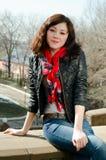 Mooi meisje met bruin haar Stock Foto