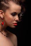 Mooi meisje met een litteken op gezicht en schouder Royalty-vrije Stock Foto's