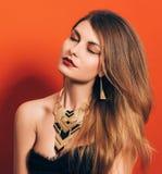 Mooi meisje met een spectaculaire samenstelling Royalty-vrije Stock Foto