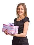 Mooi meisje met giftdoos Stock Foto's