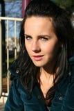 Mooi meisje met groene ogen stock foto's