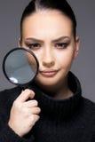 Mooi meisje met het droge dichte omhooggaande concept van het huidprobleem Royalty-vrije Stock Foto