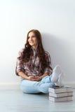 Mooi meisje met leuk gezicht Royalty-vrije Stock Foto