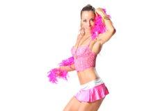 Mooi meisje met roze sjaal Royalty-vrije Stock Afbeeldingen