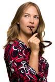 Mooi meisje met zonglazen Royalty-vrije Stock Afbeelding