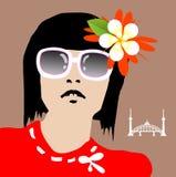 Mooi meisje met zonnebril en bloem Royalty-vrije Stock Fotografie