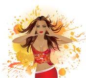 Mooi meisje op een rode achtergrond Stock Afbeelding