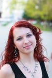 Mooi meisje op straat Stock Afbeelding