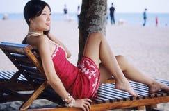 Mooi meisje op strand Royalty-vrije Stock Afbeelding
