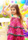 Mooi meisje op verjaardagspartij Stock Foto