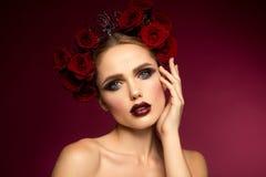 Mooi meisje Spaanse stijl Stock Foto's