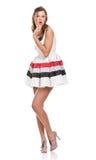 Mooi meisje in witte kleding Stock Foto's