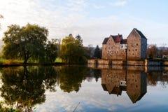 Mooi middeleeuws waterkasteel Brennhausen stock foto