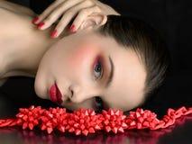 Mooi model met een heldere samenstelling royalty-vrije stock fotografie
