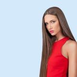Mooi model in rode kleding Royalty-vrije Stock Foto