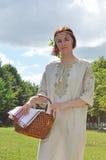Mooi Oekraïens meisje op de tuin Royalty-vrije Stock Fotografie