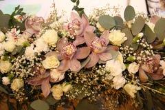 Mooi orchideeboeket royalty-vrije stock afbeelding