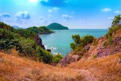 Mooi overzees en van de bergenmening landschap Stock Afbeelding