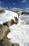 Mooi overzees landschap in Maart royalty-vrije stock foto's