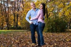Mooi Paar in het Park stock fotografie