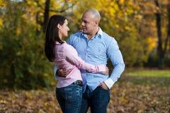 Mooi Paar in het Park royalty-vrije stock foto