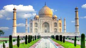 Mooi Paleis van Taj Mahal, Agra, India stock footage