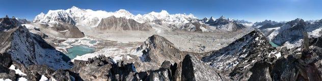 Mooi panorama van Onderstel Cho Oyu en Everest royalty-vrije stock foto