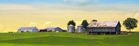 Mooi panoramisch landbouwbedrijf Royalty-vrije Stock Foto's