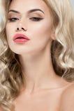 Mooi portret van blonde vrouw Royalty-vrije Stock Foto's