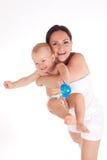 Mooi portret van een moeder en haar zoete babyjongen royalty-vrije stock afbeeldingen