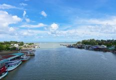 Mooi prasae rayong strand van Pak nam Natuurlijke mangrove bosmening in de Rayong-baai Thailand Aarddomein in Klaeng Foursqua stock fotografie