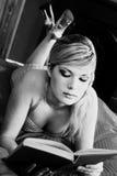 Mooi retro blonde meisje royalty-vrije stock foto's