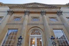 Mooi Rijtjeshuis, bad, Engeland Stock Foto's