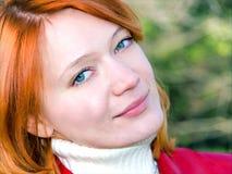 Mooi rood meisje Stock Foto's