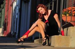 Mooi roodharige pinup meisje Stock Afbeelding