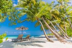 Mooi rustig strandlandschap voor achtergrond of behang Ontwerp van toerisme voor het concept van de de vakantiebestemming van de  Royalty-vrije Stock Foto's
