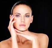 Mooi sensueel gezicht van de volwassen vrouw Stock Foto's