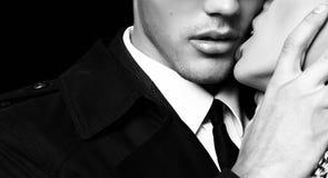 Mooi sensueel gloedvol paar het verhaal van de bureauliefde stock afbeeldingen