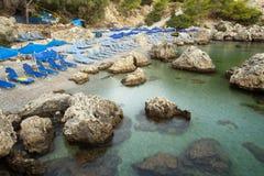 Mooi strand bij de Baai van Anthony Quinn's stock fotografie