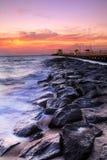 Mooi Strand bij Schemering Royalty-vrije Stock Foto's