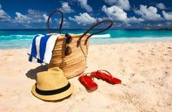 Mooi strand met zak in Seychellen Stock Foto