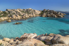 Mooi Strand op Baai van Cala Coticcio in Caprera-eiland, Sardinige, Italië Stock Foto