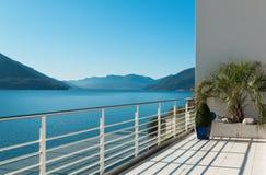 Mooi terras van een penthouse Stock Fotografie