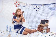 Mooi tienermeisje royalty-vrije stock afbeeldingen