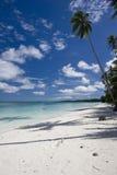 Mooi Tropisch Strand met wit zand Stock Foto