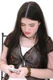 Mooi Tween Meisje dat aan Muziek luistert stock fotografie