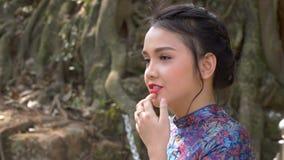 Mooi Vietnamees meisje stock videobeelden